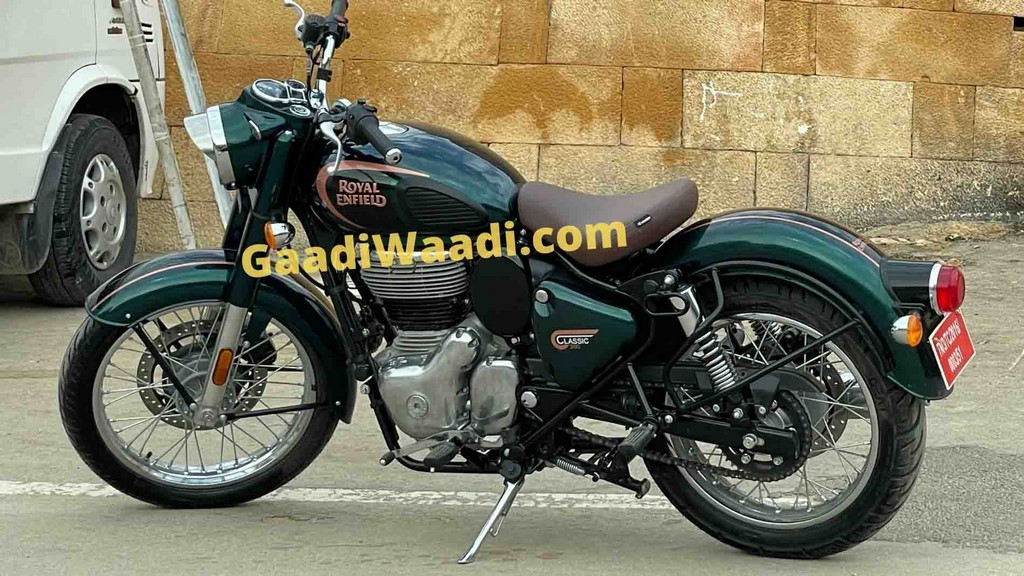 2022 Royal Enfield Classic 350 Spied