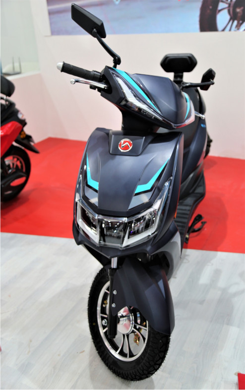 AE 29 High Speed Scooter