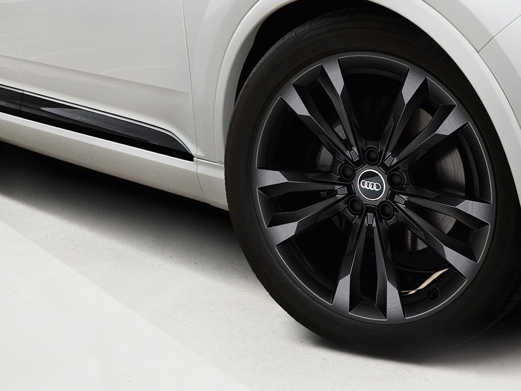 Audi Q7 Black Edition Alloy Wheels