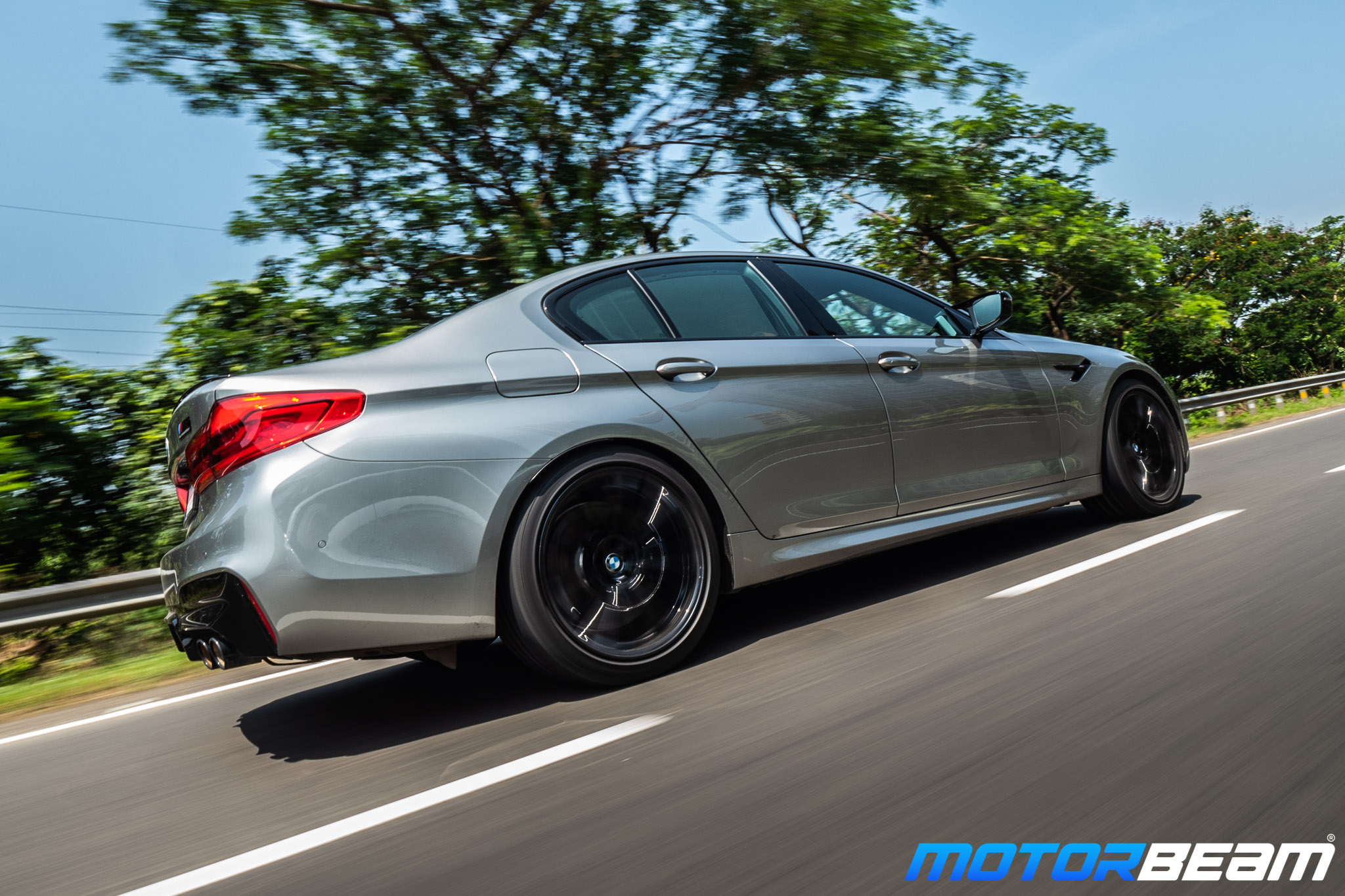 BMW-M5-Competition-7