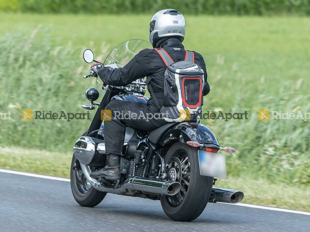BMW R 18 Touring Spied Rear