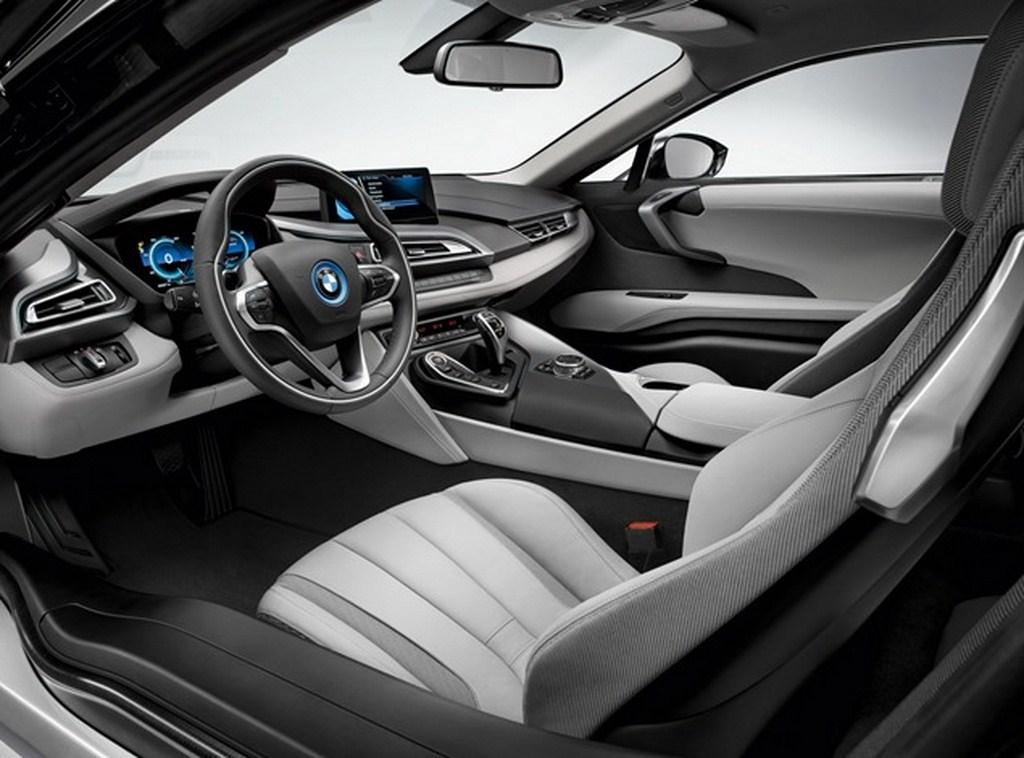 BMW i8 Production Version Leaked Interiors