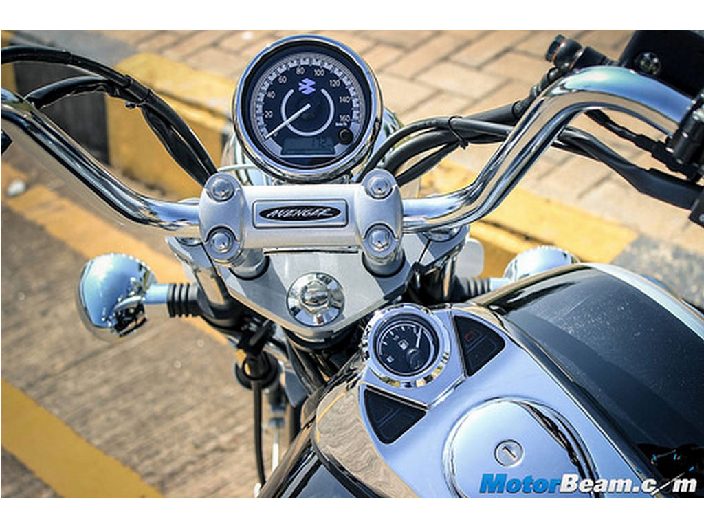 Bajaj Avenger 220 Cruise Price Review Mileage Features