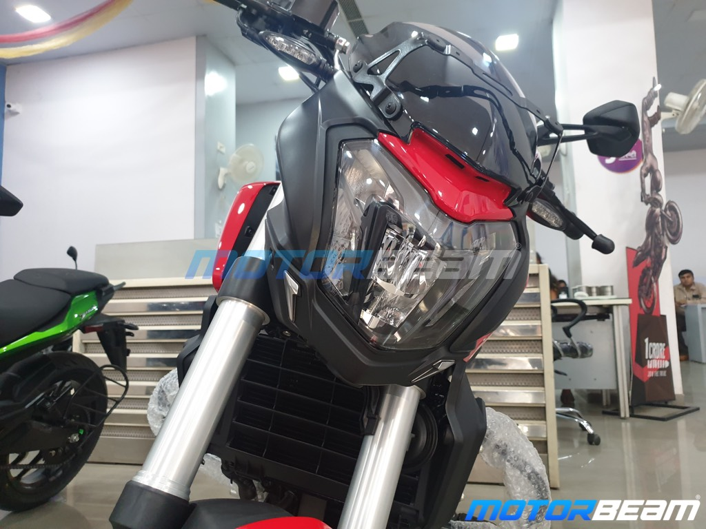 Bajaj Dominar 250 Headlight