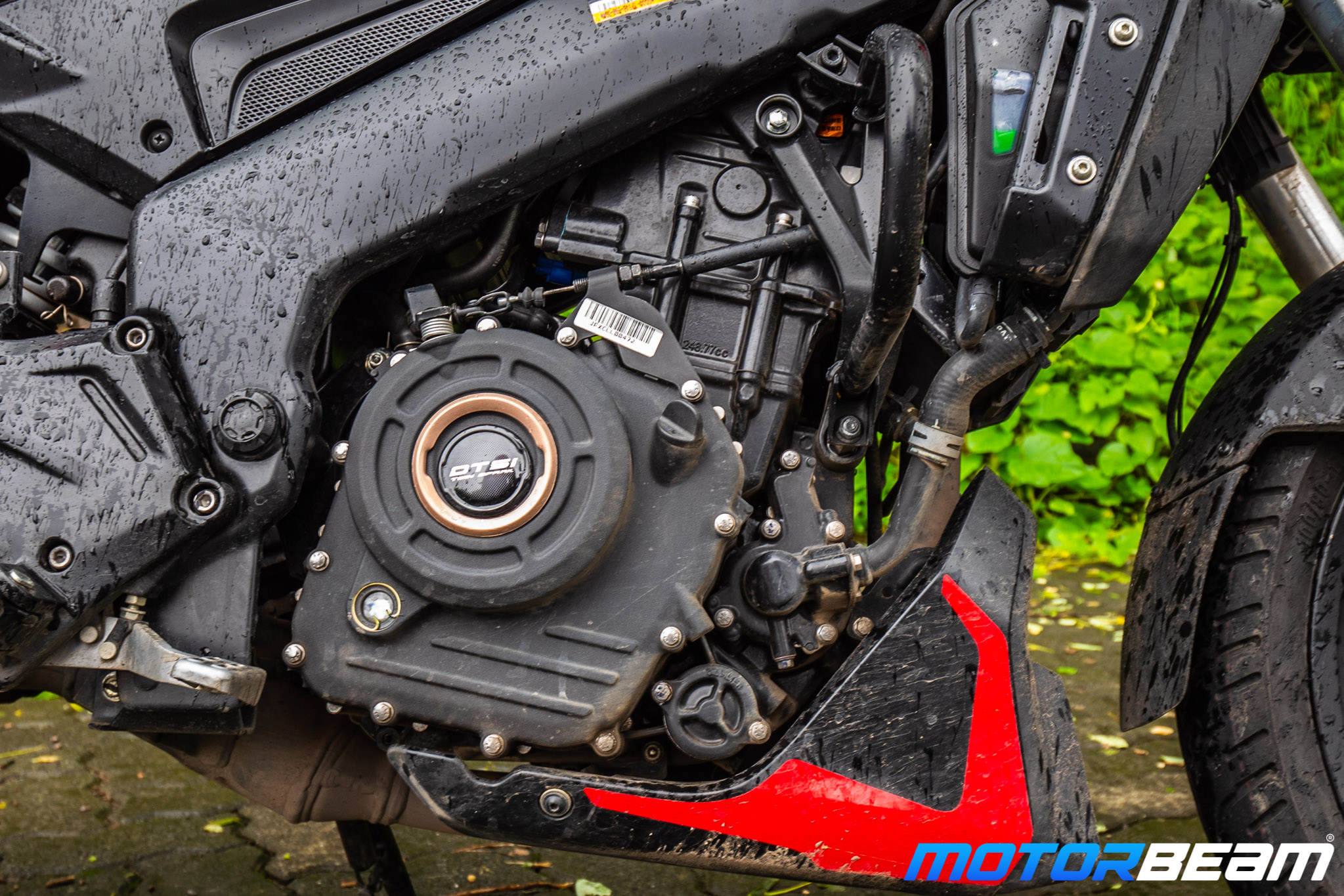 Bajaj Dominar 250 Review Engine