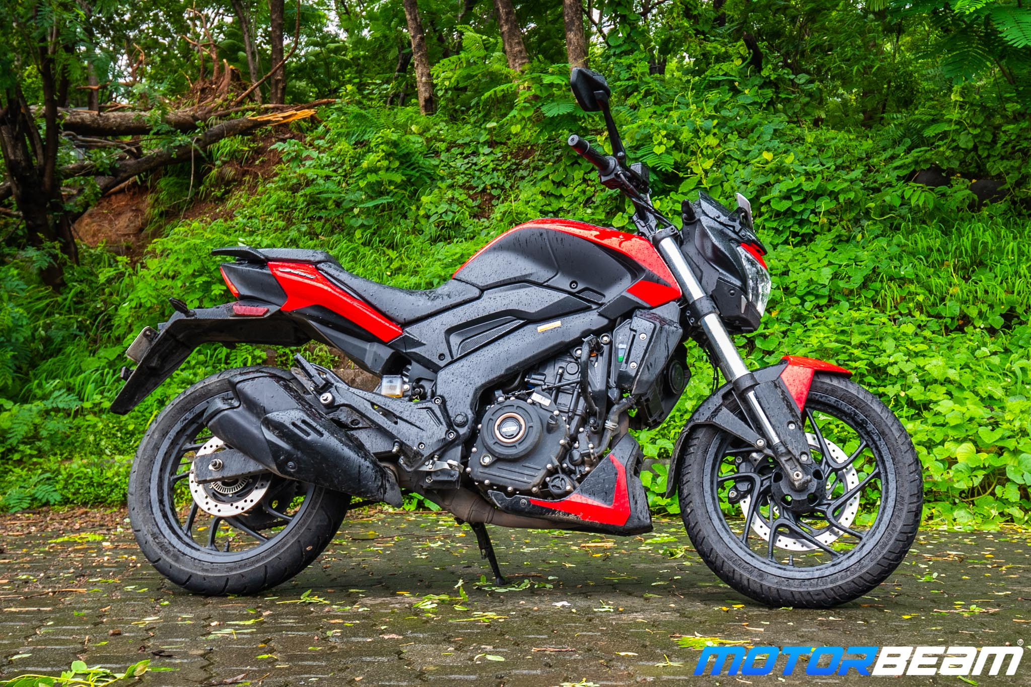 Bajaj Dominar 250 Review Ergonomics