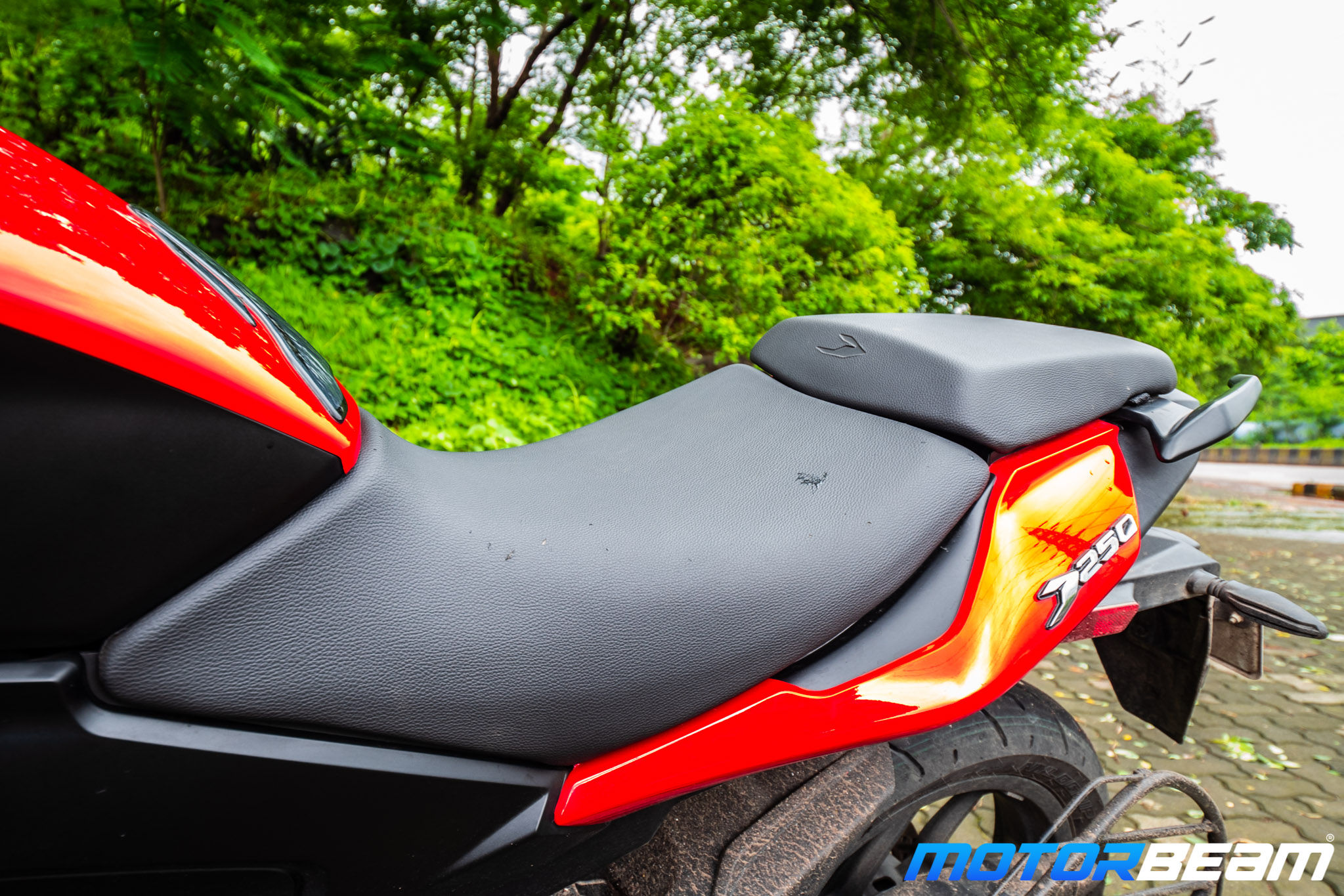 Bajaj Dominar 250 Review Seat