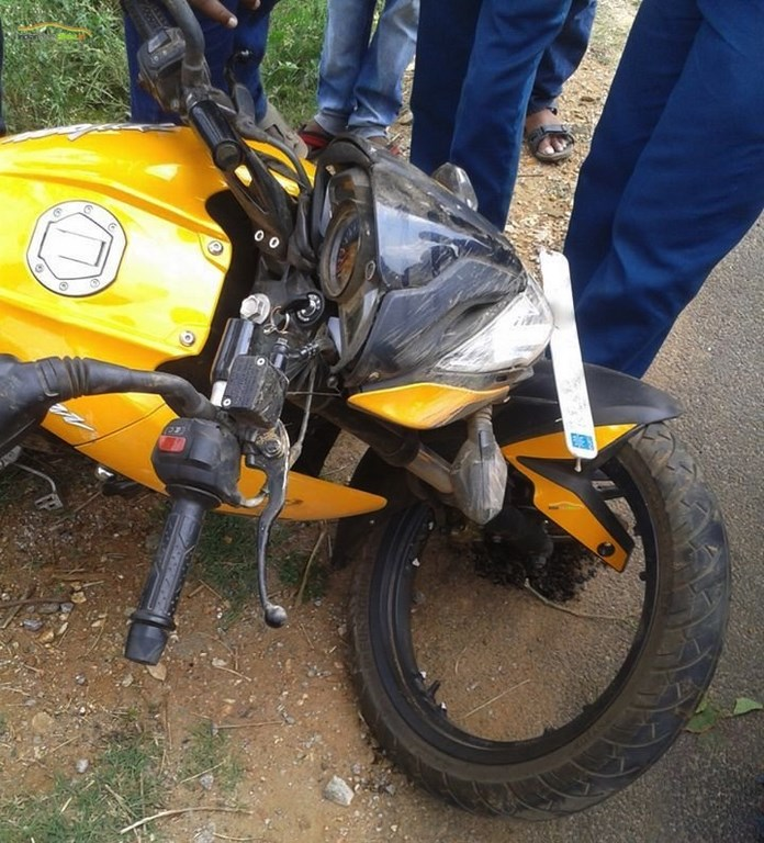 Bajaj Pulsar 200 NS Broken Alloy