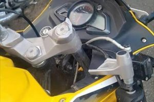 Bajaj Pulsar RS200 Handlebar Break