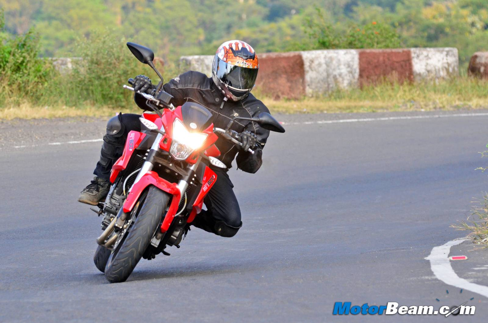 Benelli BN 600i Review