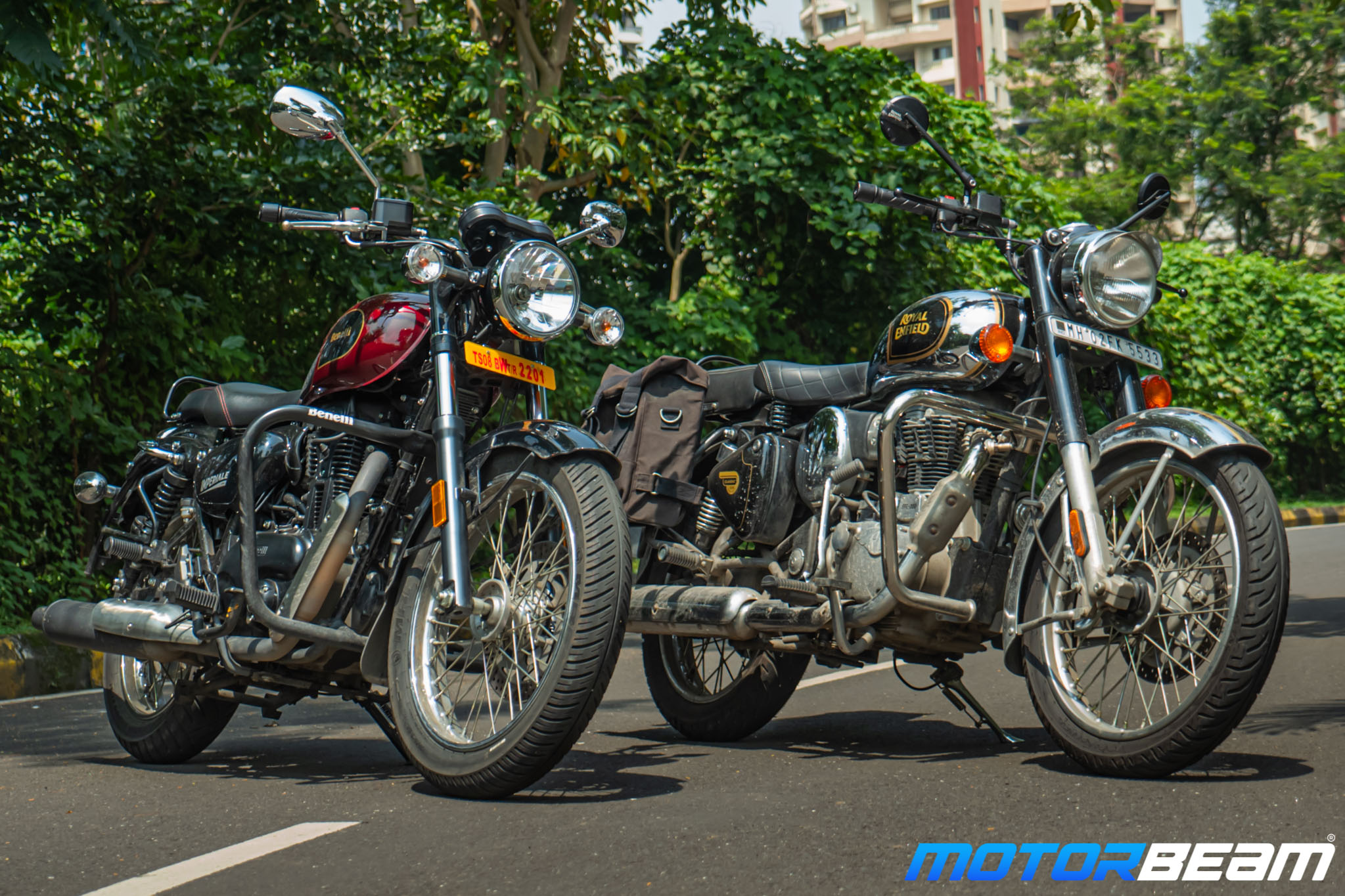 Benelli Imperiale 400 vs Royal Enfield Classic 350 Comparison Review 13