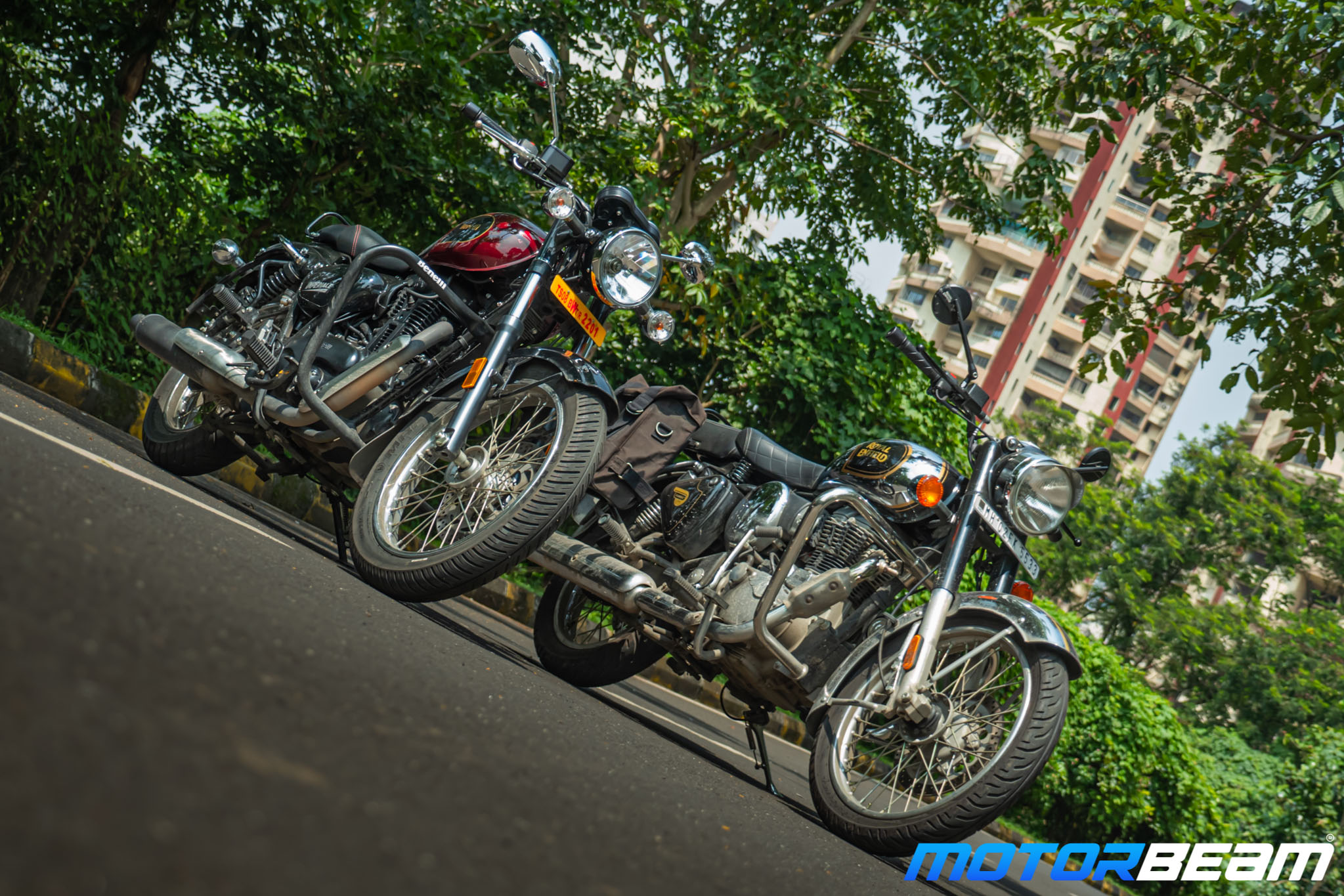 Benelli Imperiale 400 vs Royal Enfield Classic 350 Comparison Review 15