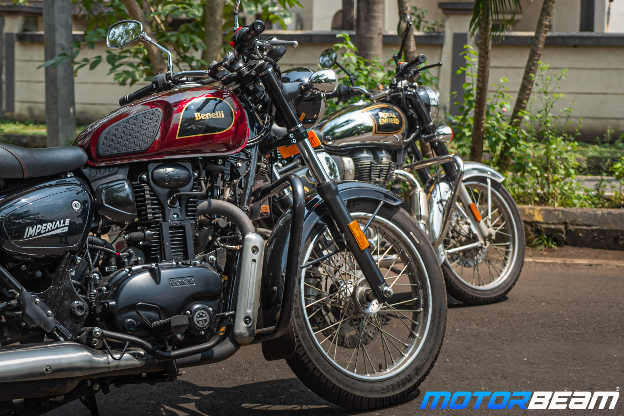 Benelli Imperiale 400 vs Royal Enfield Classic 350 Comparison Review 16