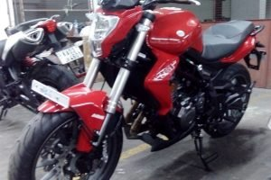 Benelli TNT 300 ABS Front And Side