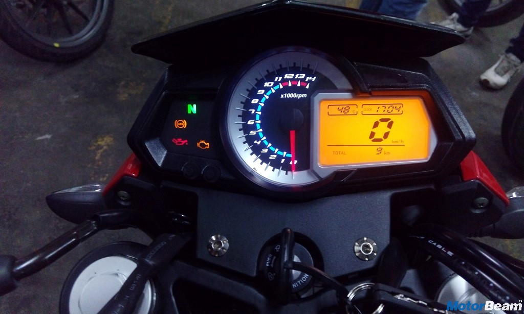 Benelli TNT 300 ABS Instrument Console
