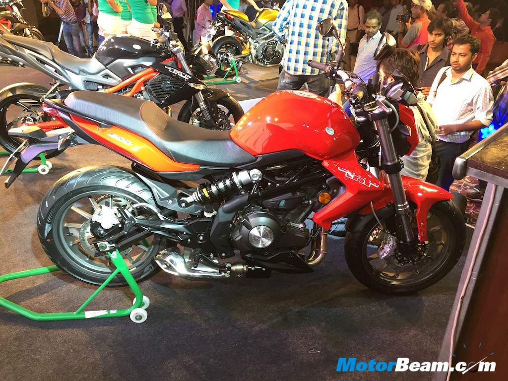 Benelli TNT 300 Offered With Smaller MRF Tyres, Pirelli Optional