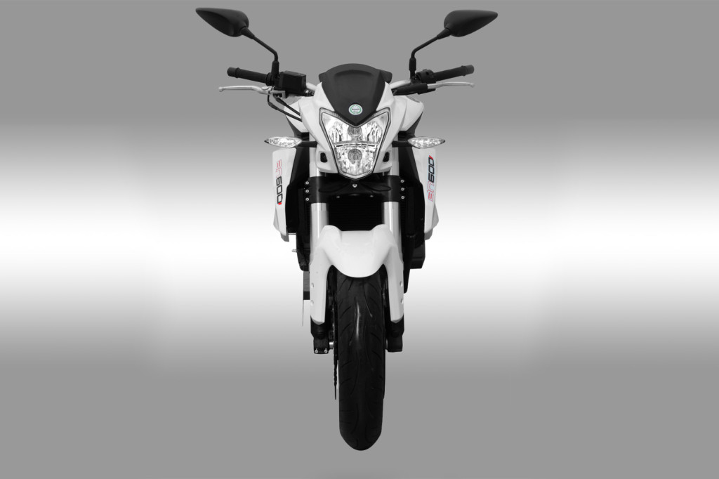 Benelli TNT 600 I Front
