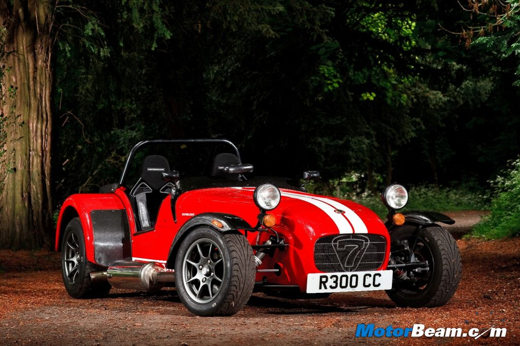 Caterham Launching Cars In India At Indian GP - Sports cars in india