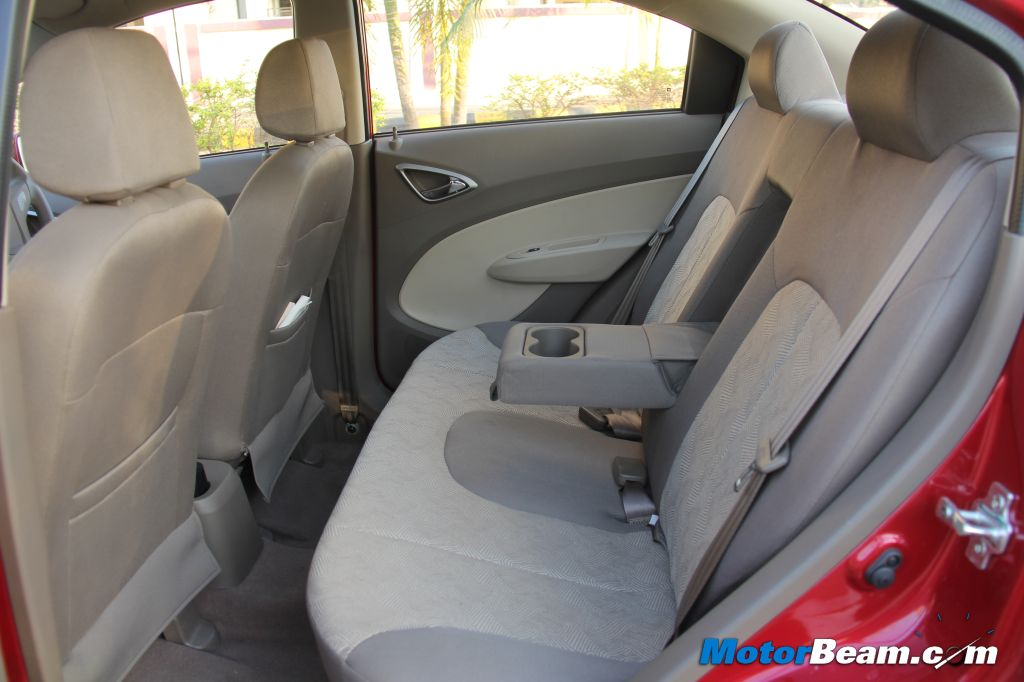 Chevrolet Sail Notchback Rear Seat