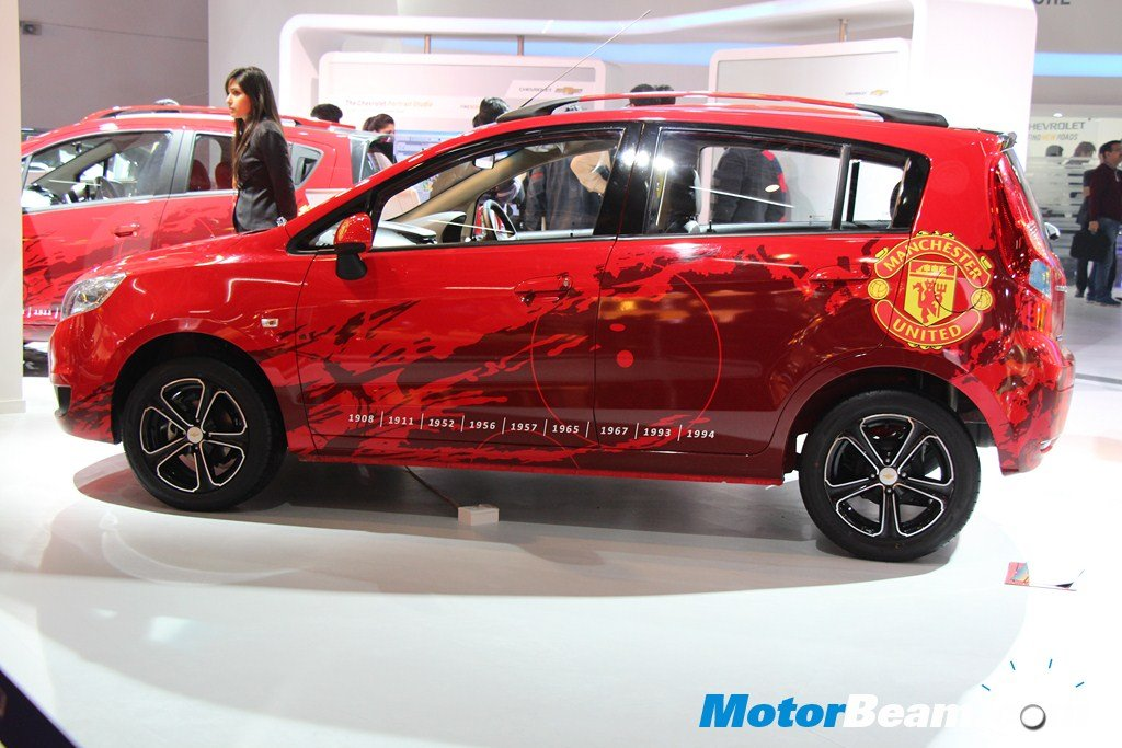 Chevrolet Sail U-VA Manchester United Side