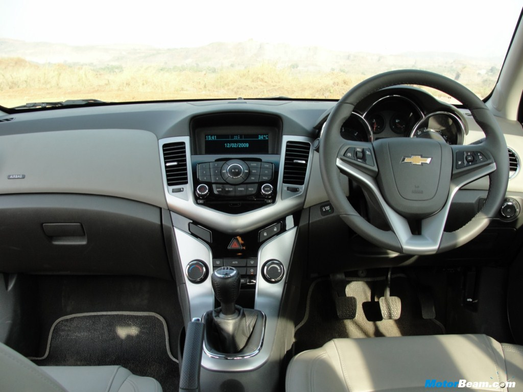 2009 Chevy Cruze Interior