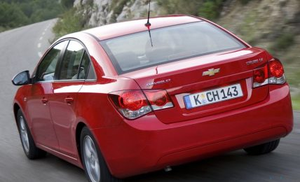 Chevrolet_Cruze_Red_Wallpaper