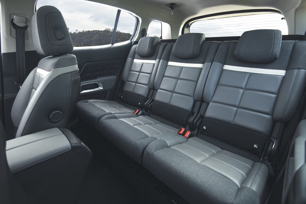 Independent Rear Seats
