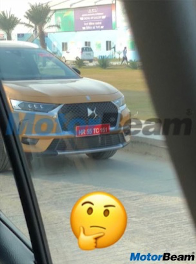 DS 7 Crossback SUV Spied