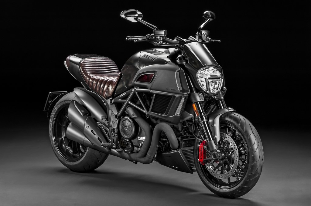 Ducati Diavel Diesel Limited Edition Front