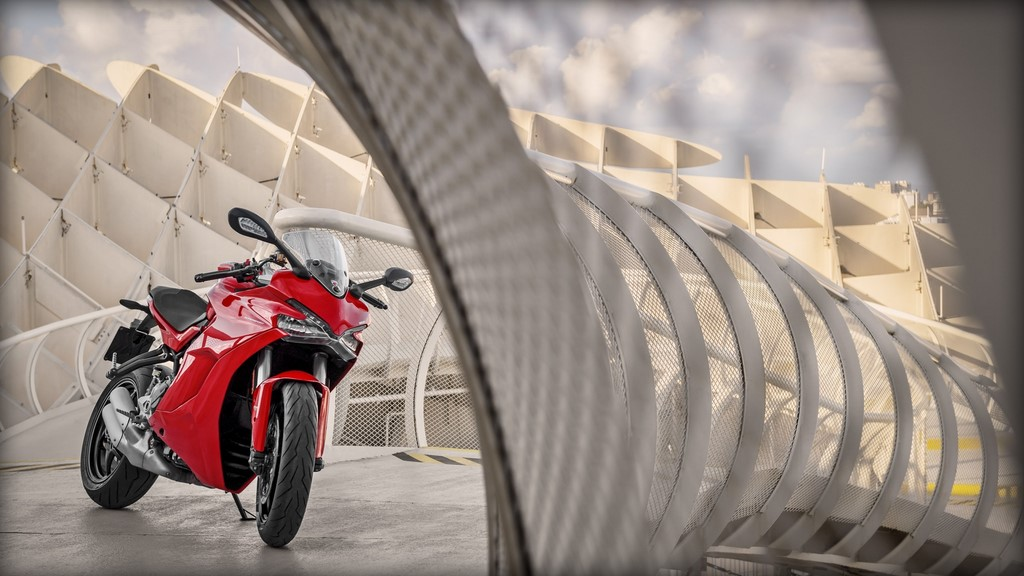 Ducati SuperSport Front And Side