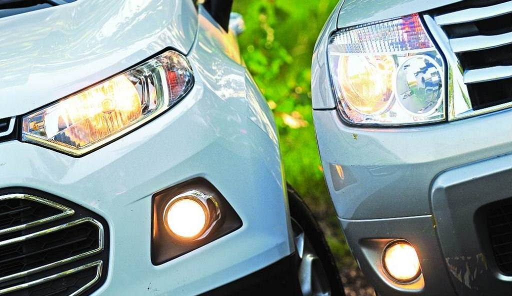 EcoSport vs Duster headlights