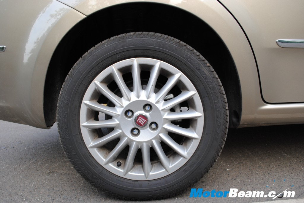 Fiat Linea Tjet - Rear disc brakes with wider tyres