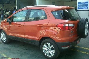 Ford EcoSport dealership side