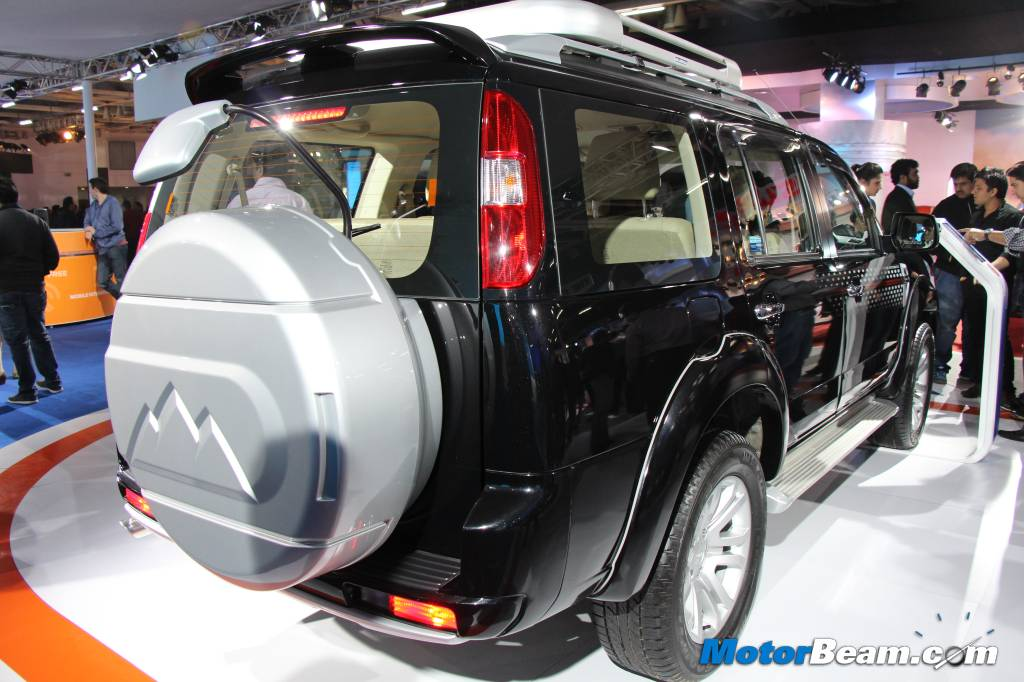 Ford Endeavour Auto Expo Display