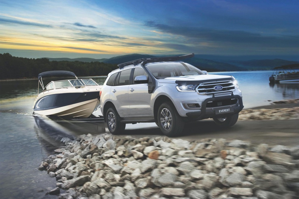 Ford Endeavour BaseCamp Accessories