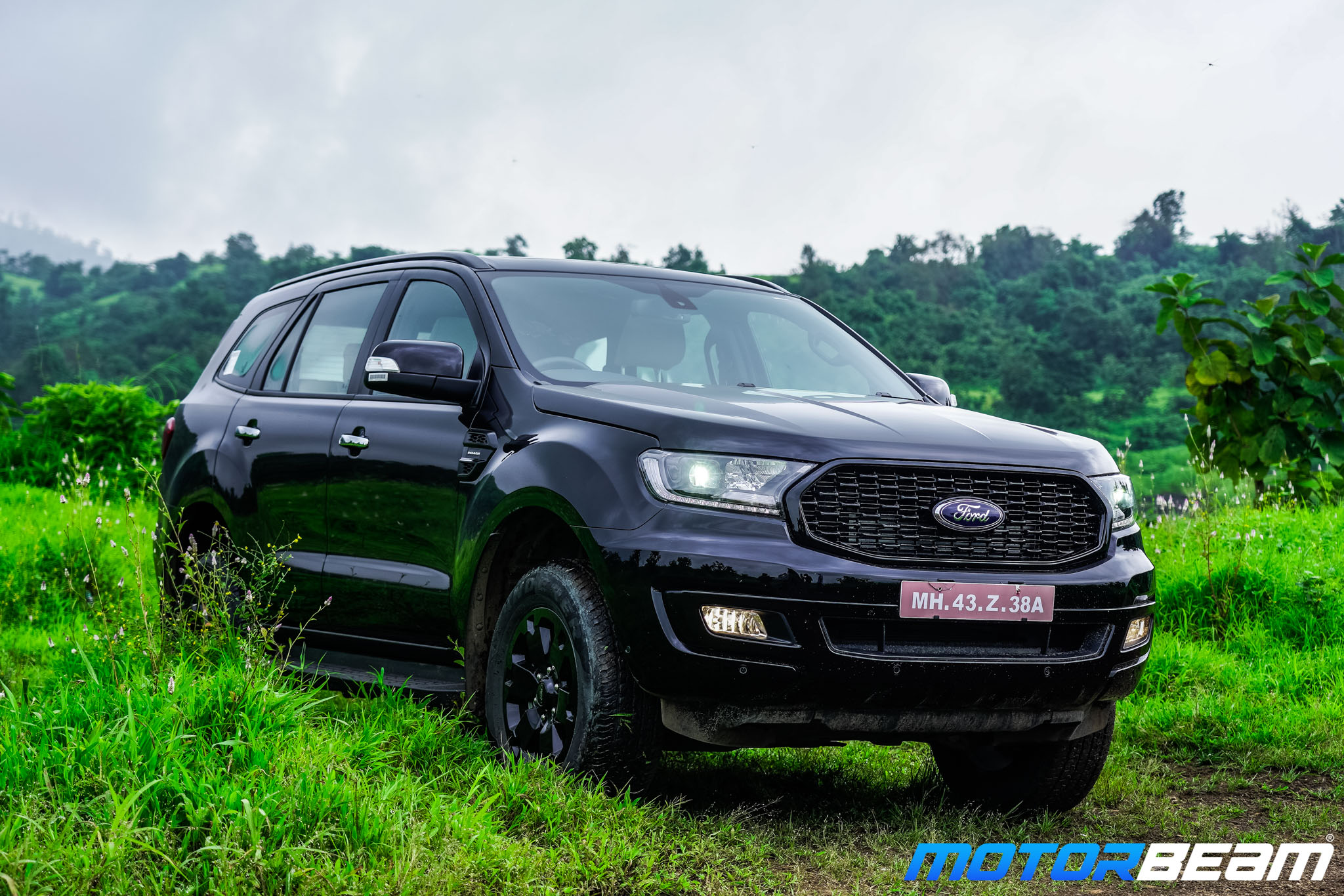 Ford-Endeavour-Sport-1