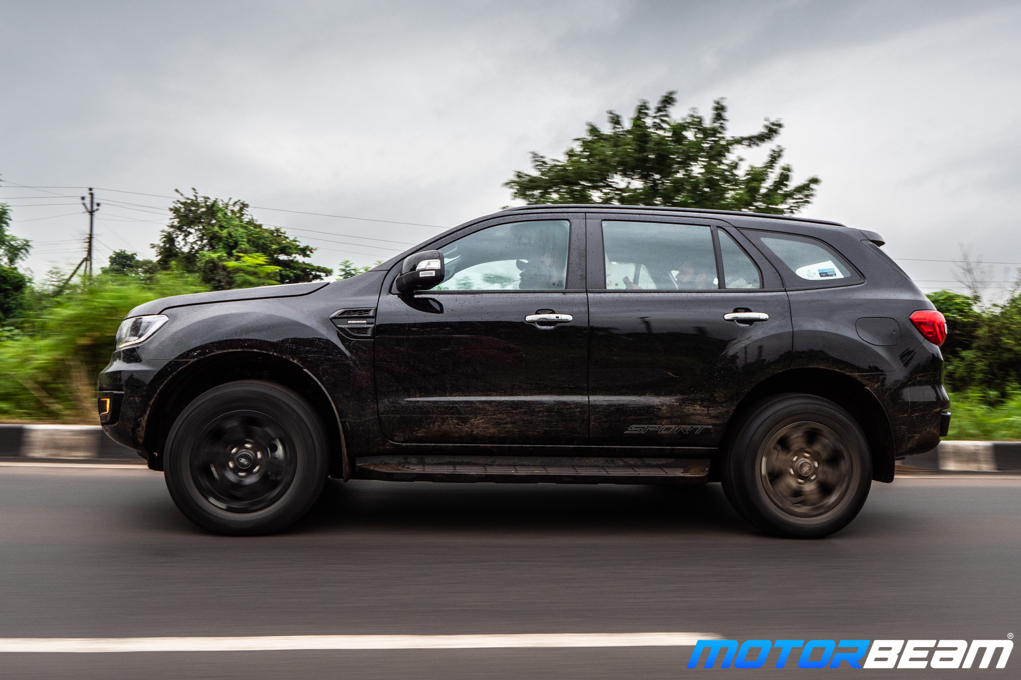 Ford-Endeavour-Sport-23