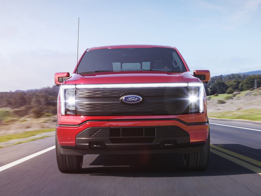 Ford F-150 Lightning Front