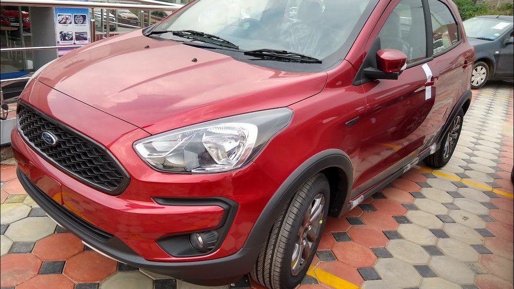 Ford Freestyle Ruby Red