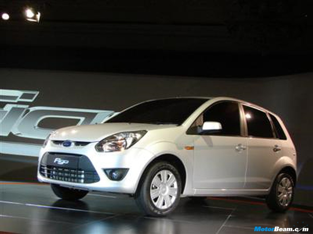 Ford Figo Wallpaper Has Unveiled The Much Awaited Small Car