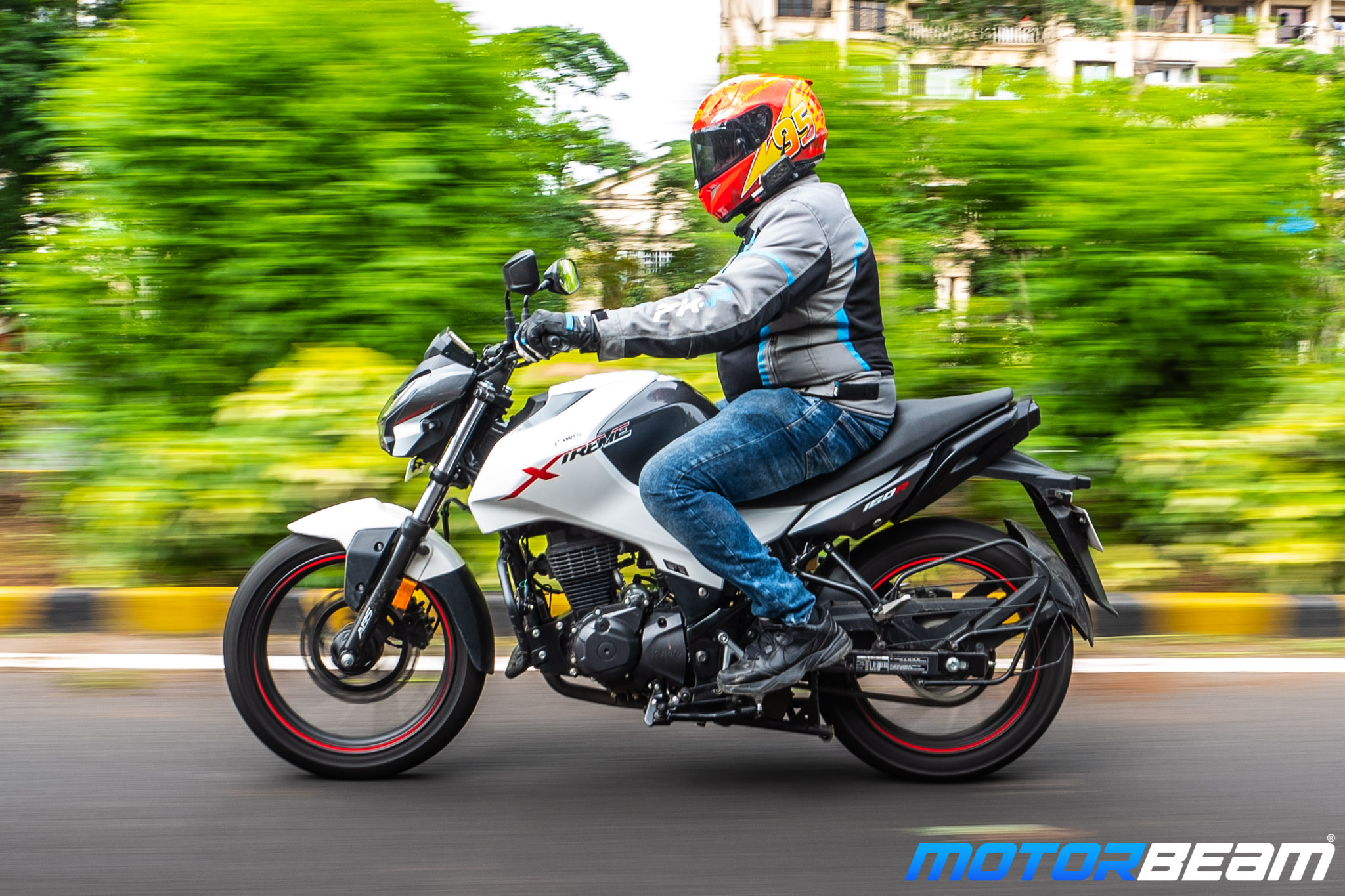 Hero Xtreme 160R Review 4
