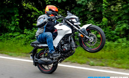 Hero Xtreme 160R Review Wheelie