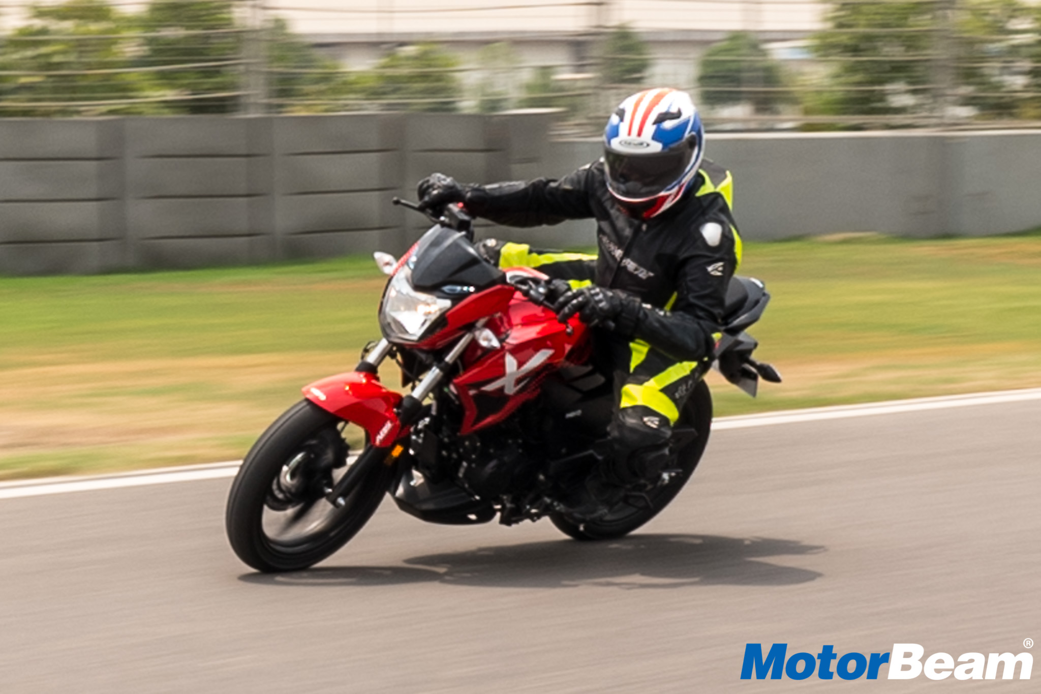 Hero Xtreme 200R Video Review