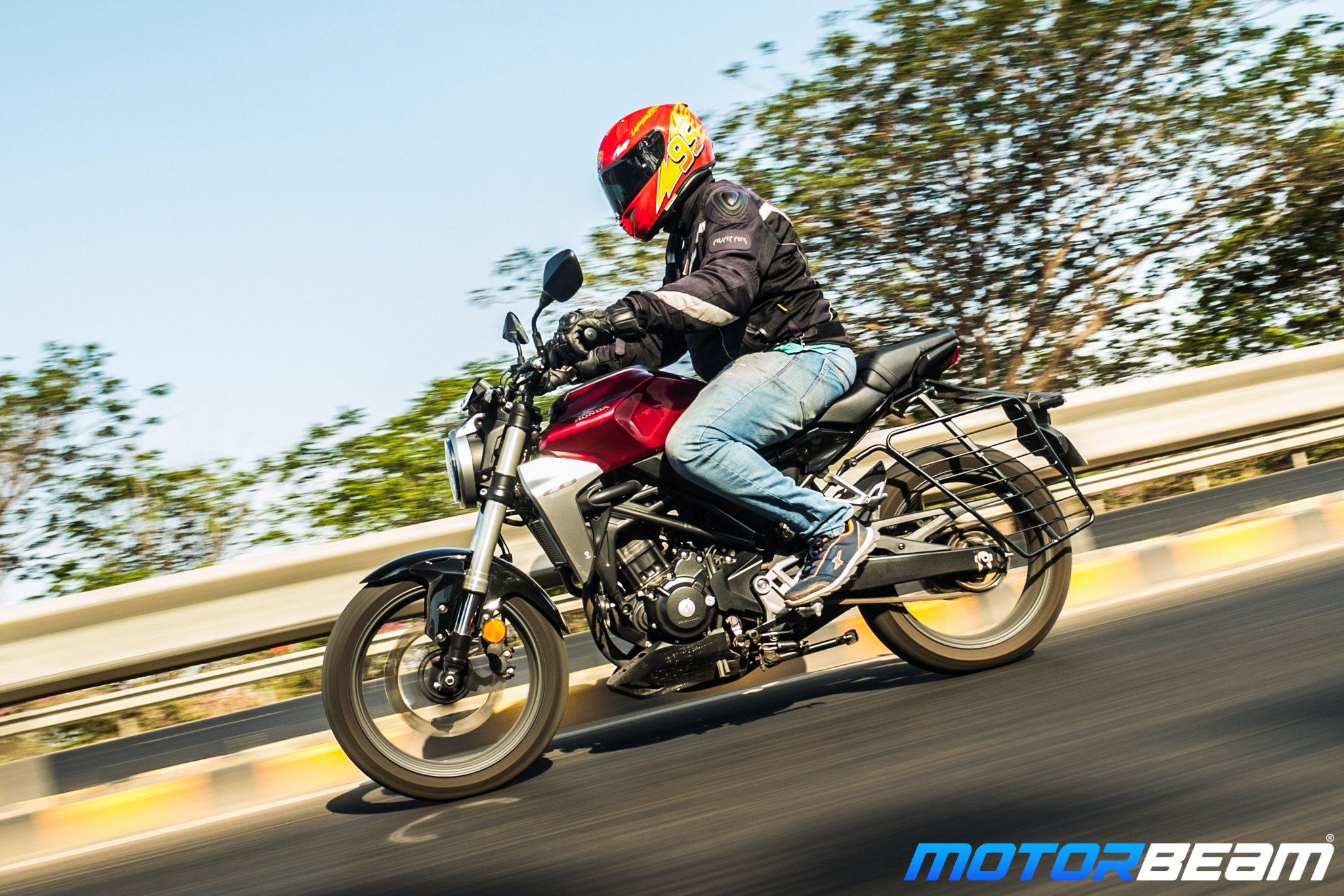 Honda CB300R Hindi Video Review