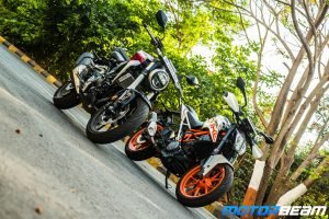 Honda CB300R Vs KTM Duke 390 Comparison Shootout