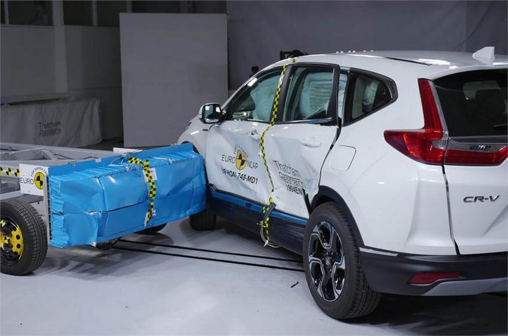 Honda CR-V Crash Test