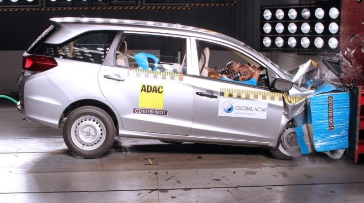 Honda Mobilio Crash Test Rating 0 Stars For Base 3 For Airbags