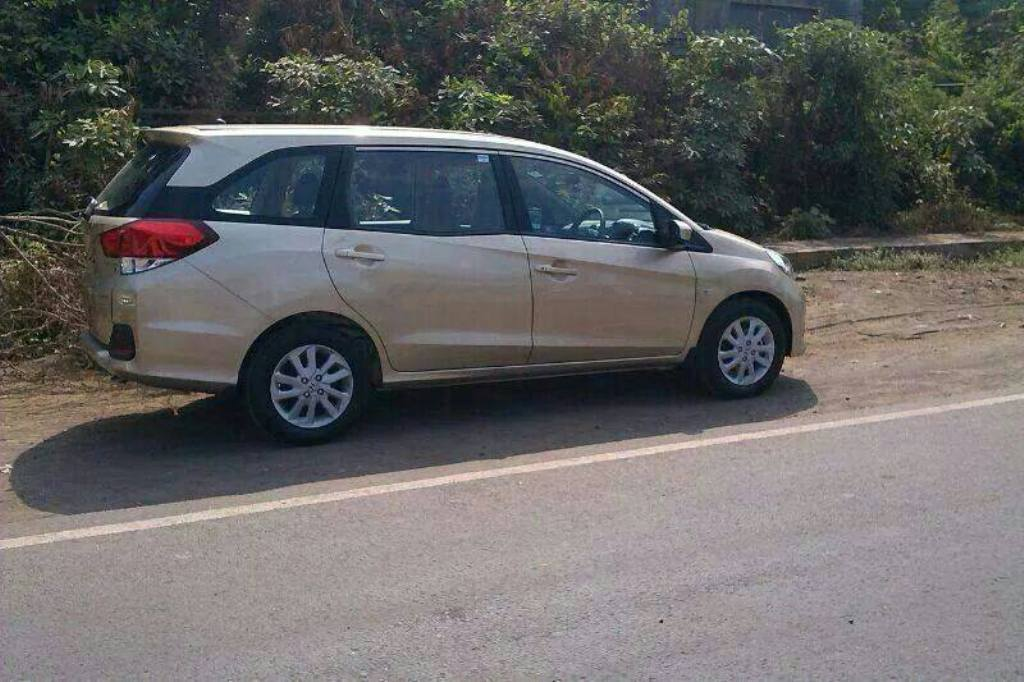 Honda Mobilio Diesel Spy Shot Side