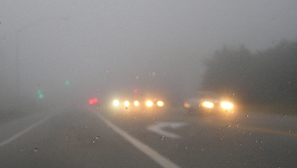 How To Drive In Fog Avoid Stopping