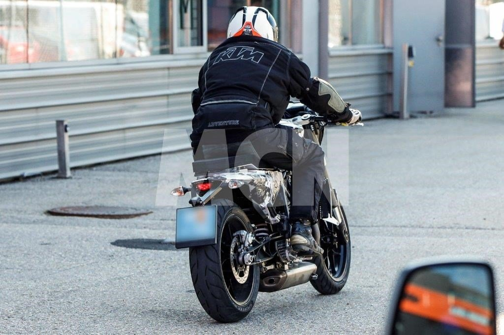 Husqvarna Cafe Racer 701 Spy Shot